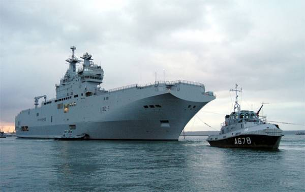 3-mistral-ship1