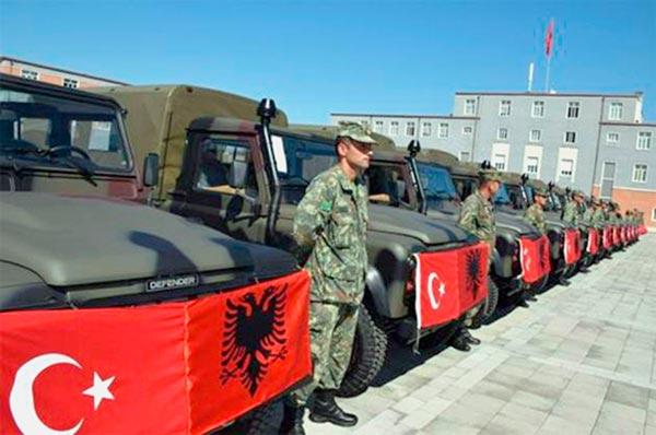 Προωθημένη βάση της Άγκυρας η Αλβανία .Επικυρώθηκε η νέα στρατιωτική συμφωνία.